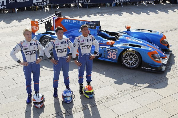 24-HEURES-DU-MANS-2014-Pesage-LES-3-Pilotes-ALPINE-AE450-SIGNATECH-Photo-Thierry-COULIBALY