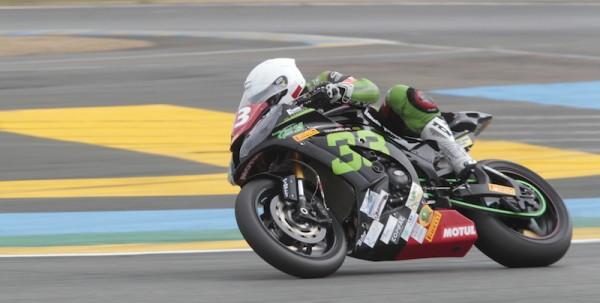 24-HEURES-DU-MANS-MOTO-2014-La-KAWASAKI-du-Team-TRAQUEUR-LOUIS-MOTO-33