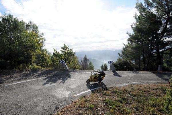 DARK-DOG-MOTO-TOUR-2014-A-travers-la-France