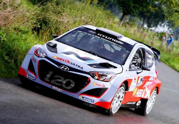 EAST-BELGIAN-RALLY-La-HYUNDAI-i20-WRC-victorieuse-de-NEUVILLE-GILSOUL.