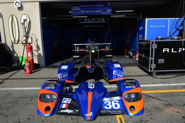 ELMS-2014-PAUL-RICARD-Le-stand-SIGNATECH-ALPINE-Photo-Max-MALKA