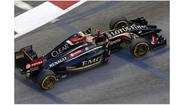 F1-2014-SINGAPOUR-La-LOTUS-RENAULT-de-Pastor-MALDONADO.