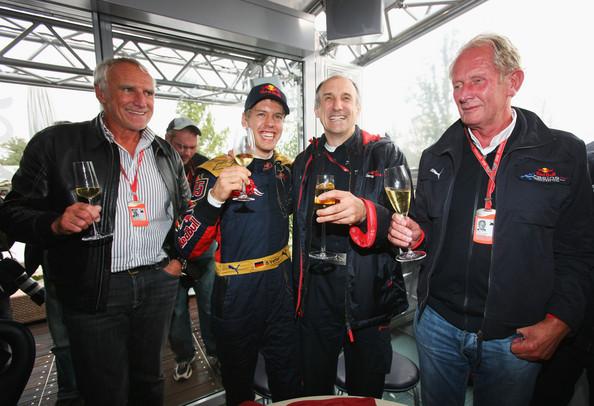F1 Mateschitz Vettel Marko et Kolles.