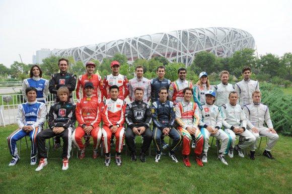 FORMULE-E-2014-PEKIN-Les-20-pilotes-des-dix-Teams