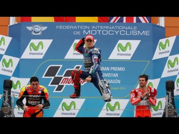 MOTO-GP-2014-MOTORLAND-ARAGON-Le-podium-inattenu-avec-Crutchlow-Espargaro-et-Jorge-Lorenzo