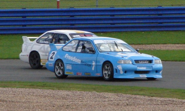OLIVER-WEBB-en-Touring-Car