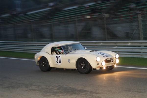 SPA-SIX-HOURS-2014-La-Shelby-Cobra-de-Summers-Donaldson-Cottingham-10èmes-au-général-photo-Manfred-GIET