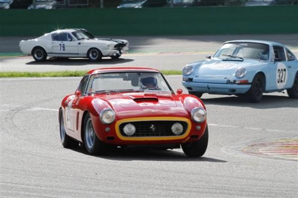 SPA-SIX-HOURS-2014-La-superbe-Ferrari-250-GT-de-Joy-Konig-Simon-26èmes-et-vainqueurs-en-classe-GTS-7©-Manfred-GIET