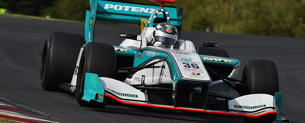 SUPER-FORMULA-2014-AUTOPOLIS-ANDRE-LOTTERER-vainqueur.