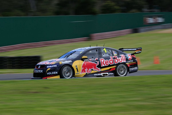 V8-SUPERCAR-2014-SANDOWN-500-Jamie-WHINCUP-et-Paul-DUMBRELL