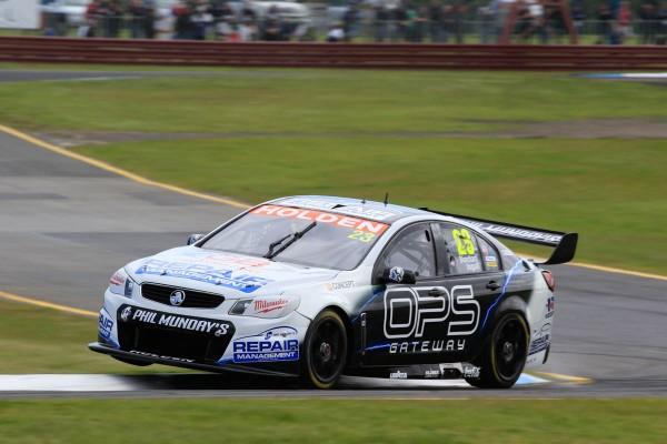 V8-SUPERCAR-2014-SANDOWN-500-Russell-INGALL-et-Tim-BLANCHARD