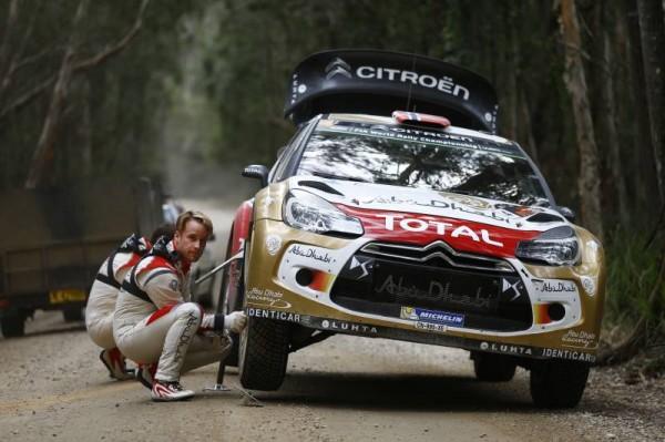 WRC-2014-AUSTRALIE-OSTBERG à l'arrêt