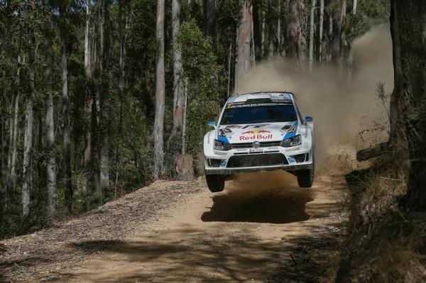 WRC-2014-AUSTRALIE-SEB-OGIER-et-Julien-INGRASSIA-filent-vers-la-victoire