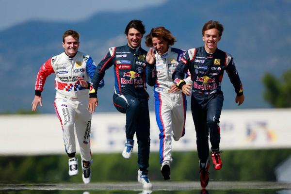 WSR-2014-PAUL-RICARD-les-4-pilotes-qui-visent-le-titre-ROWLAND-SAINZ-MEHRI-et-GASLY.