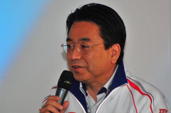 4-HEURES-DU-MANS-2012-YOSHIAKI-KINOSHITA-Photo-Patrick-MARTINOLI