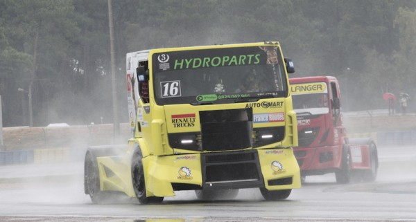 24-HEURES-DU-MANS-CAMION-2014-Coupe-de-FRANCE-Le-RENAULT-TRUCKS-PREMIUM-de-Jeremi-ANCIAN-Photo-RThierry-COULIBAL