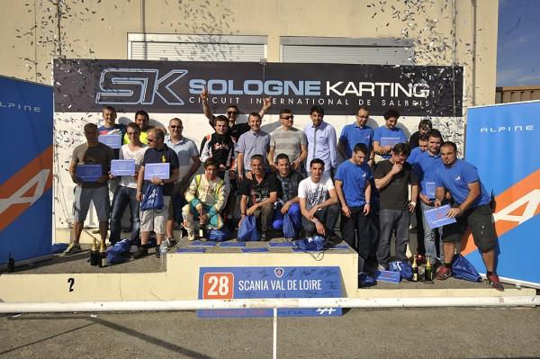 24-HEURES-KARTING-ALPINE-SIGNATECH-Le-podium-2014-Photo-Eric-REGOUBY.j