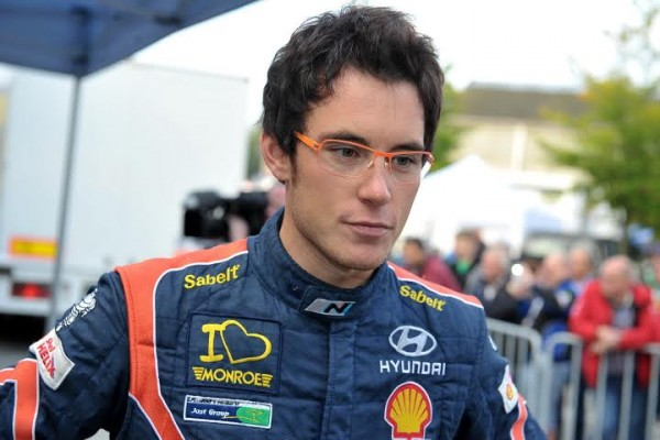 EAST BELGIAN RALLY   THIERRY NEUVILLE - Photo Publiracing