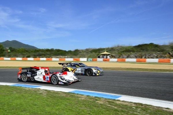 ELMS 2014 - ESTORIL - ORECA equipe Seb LOEB Racing doublant la BMW du Team Belge Marc VDS - Photo Max MALKA