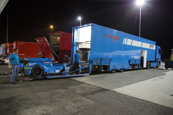 ELMS 2014 ESTORIL le TRANSPORTEUR du Team PEGASUS