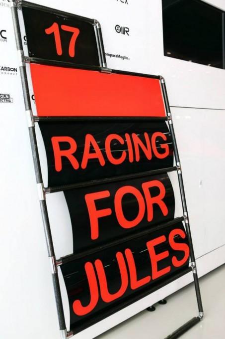 F1 2014  MARUSSIA PENSE EN PERMANENCE A SON PILOTE JULES BIANCHI A