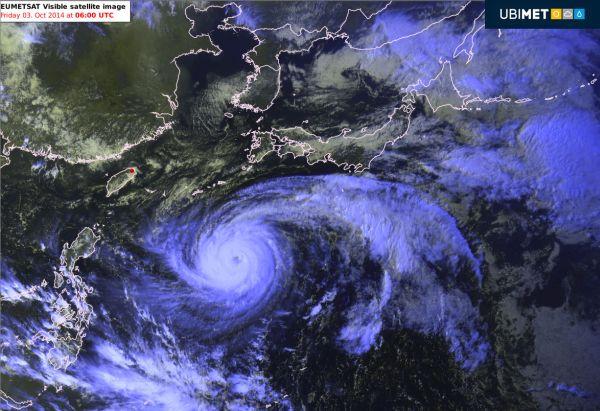 F1-2014-SUZUKA-La-carte-meteo-avec-le-Typhoon-Phanfone
