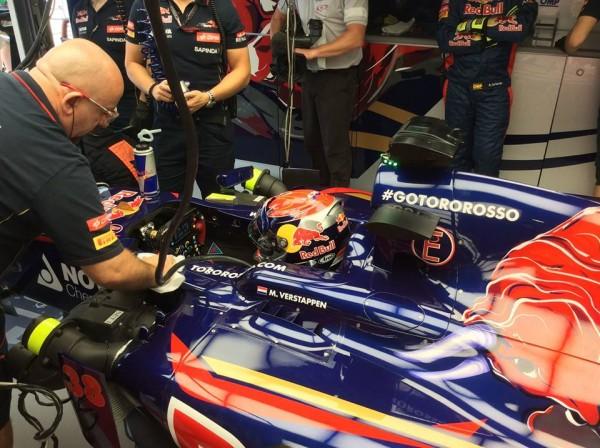 F1 2014 SUZUKA Max VERSTAPPEN dans la TORO ROSSO de VERGNE