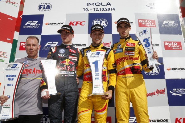 F3-2014-IMOLA-Max-Verstappen-Van-Amersfoort-2-Tom-Blomqvist-Jagonya-Ayam-with-Carlin-1er-et-Antonio-Giovinazzi-du-Jagonya-Ayam-with-Carlin-3éme.jpg 12 octobre 2014