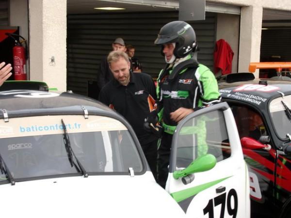 FUN-CUP-2014-LEDENON-Didier-se-prepare-avec-la-179-du-Team-ZOSH.