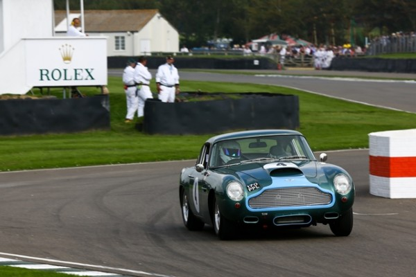 GOODWOOD-REVIVAL-2014-Aston-Martin-DB4GT-3670cc-de-1960-DalglishSullivan.j