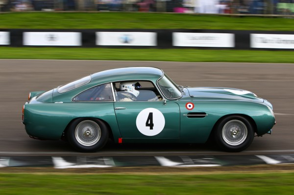 GOODWOOD-REVIVAL-2014-Danny-Sullivan-Aston-Martin-DB4GT-3670cc-de-1960-l-ancêtre-de-la-James-Bond-Car