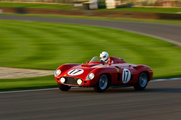 GOODWOOD-REVIVAL-2014-Danny-Sullivan-Ferrari-860-Monza-de-1956