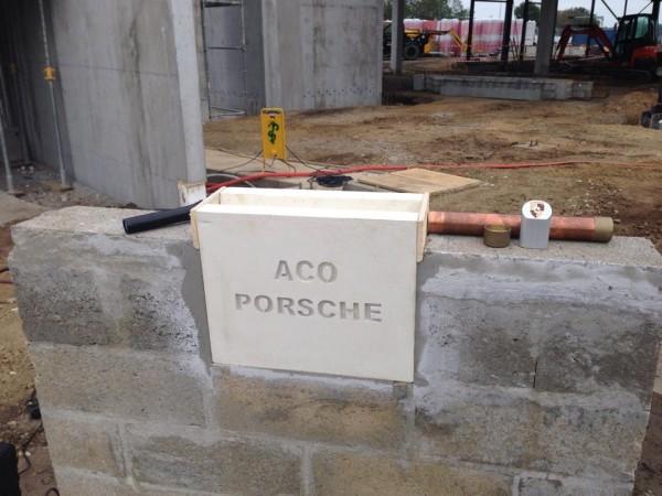 LE-MANS-CENTRE-PORSCHE-23-octobre-2014-1ere-pierre.
