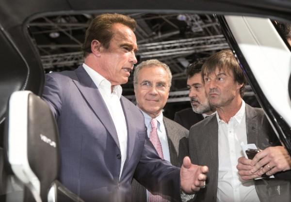 MONDIAL AUTO 2014 - visite Arnold Schwarzengger avec Thierry Hesse et Nicolas Hulot