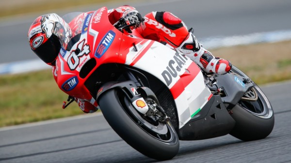 MOTO GP 2014 JAPON - POLE pour la DUCATI de DOVIZIOSO
