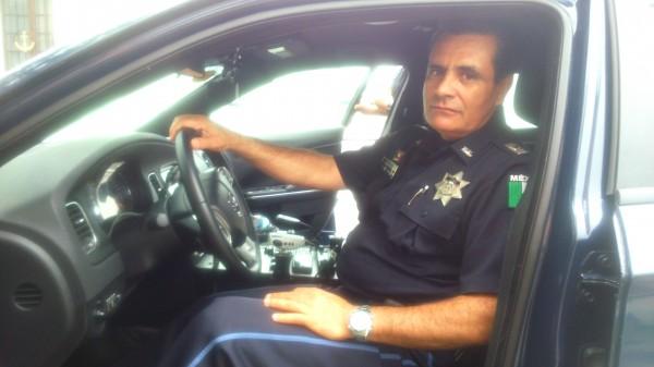 PANAMERICAINE 2014 - Le Commandant Borres qui m'a accueilli toute l'étape dans sa voiture