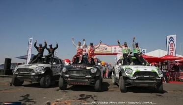 RALLYE-OILYBIA-DU-MAROC-2014-Un-podium-100-MINI-avec-AL-ATTYAH-TERRANNONCA-et-VAN-LOON