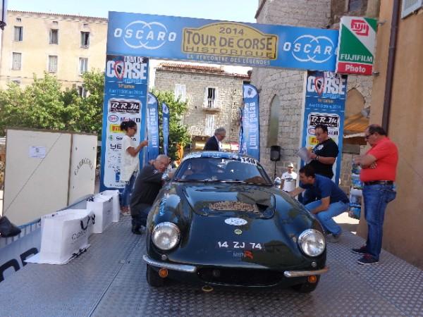 TOUR-DE-CORSE-HISTORIQUE-2014-LOTUS-ELITE-de-Francois-FAVRE-et-Vincent-LUCANO-Photo-autonewsinfo.