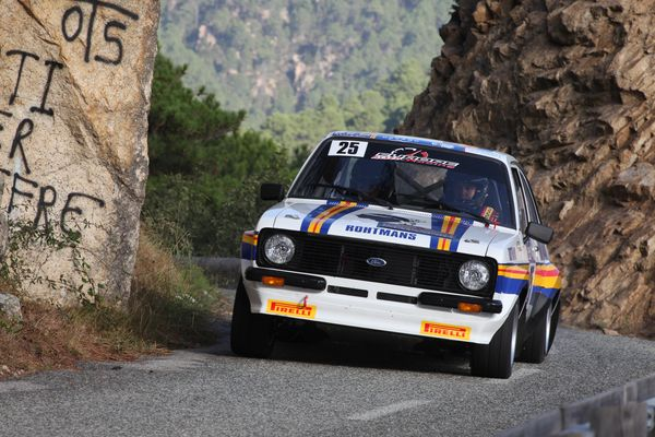 TOUR DE CORSE HISTORIQUE 2014 La FORD ESCORT de Guy FIORI.j