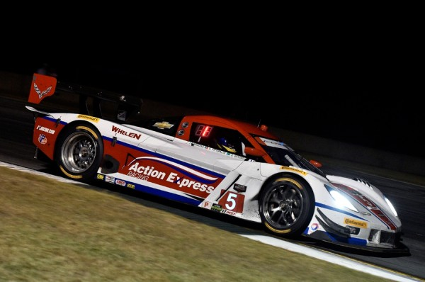 TUDOR-USCC-PETIT-LE-MANS-2014-CORVETTE-ACTION-EXPRESS-SECONDE.