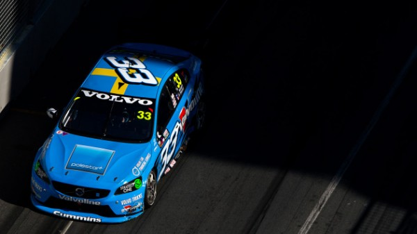 V8-SUPERCAR-2014-GOLD-COAST-La-VOLVO-de-PREMAT-MCLAUGHLIN