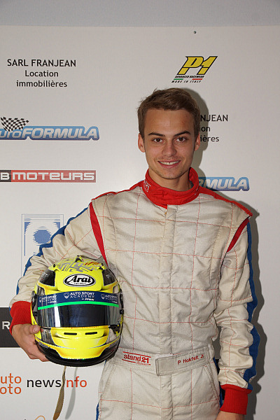 VOLANT-EURO-FORMULA-2014-Paul-HOKFELT-Photo-Claude-ROZE.