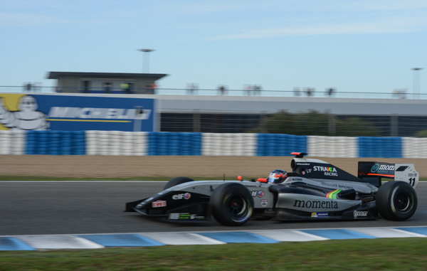 WORLD-SERIES-by-RENAULT-Circuit-de-JEREZ-Will-STEVENS-Le-poleman-de-la-1ére-coiurse-en-Formula-3-5-Photo-Antoine-CAMBLOR