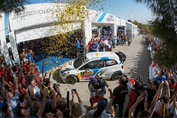 WRC-2014-CATALOGNE-Dimanche-26-octobre-Sebastien-OGIER-et-Julen-INGRASSIA-SONT-SACRES-CHAMPIONS-DU-MONDE-WRC-pour-la-seconde-année-consécutive