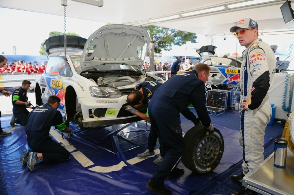 WRC 2014 CATALOGNE-LATVALA Assistance Team VW.