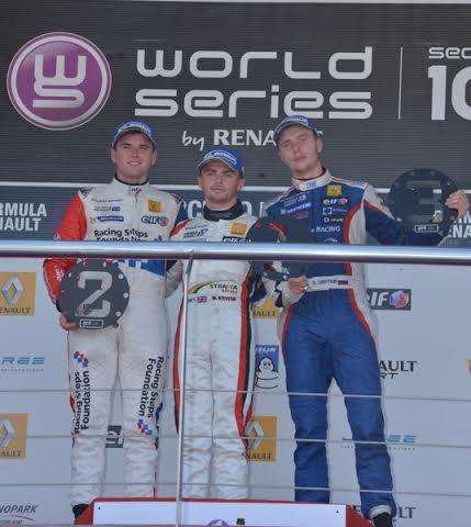 WSR-2014-JEREZ-Le-podium-avec-STEVENS-ROWLAND-et-SIROTKIN-Photo-Antoine-CAMBLOR