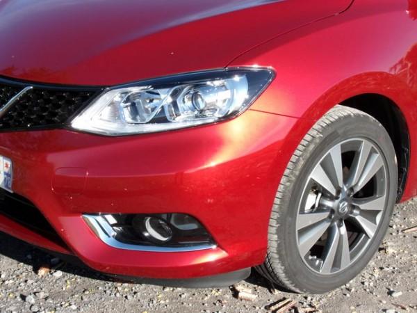 Essai-Nissan-Pulsar-Optiques-à-LED-sur-les-hauts-de-gamme-Photo-Patrick-Martinoli.