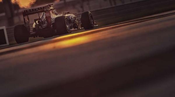 F1-2014-ABOU-DHABI-La-RED-BULL-RENAULT-de-Daniel-RICCIARDO