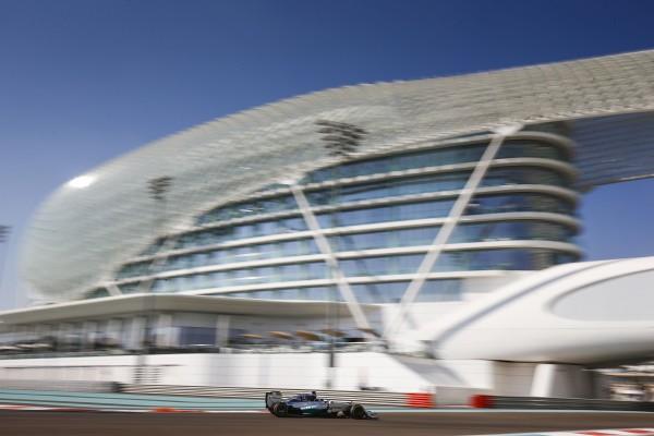 F1 2014 ABOU DHABI -MERCEDES W05 de Lewis HAMILTON.