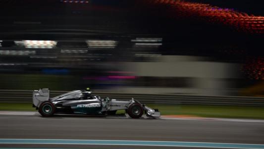 F1-2014-ABOU-DHABI-Nico-ROSBERG-en-pole.